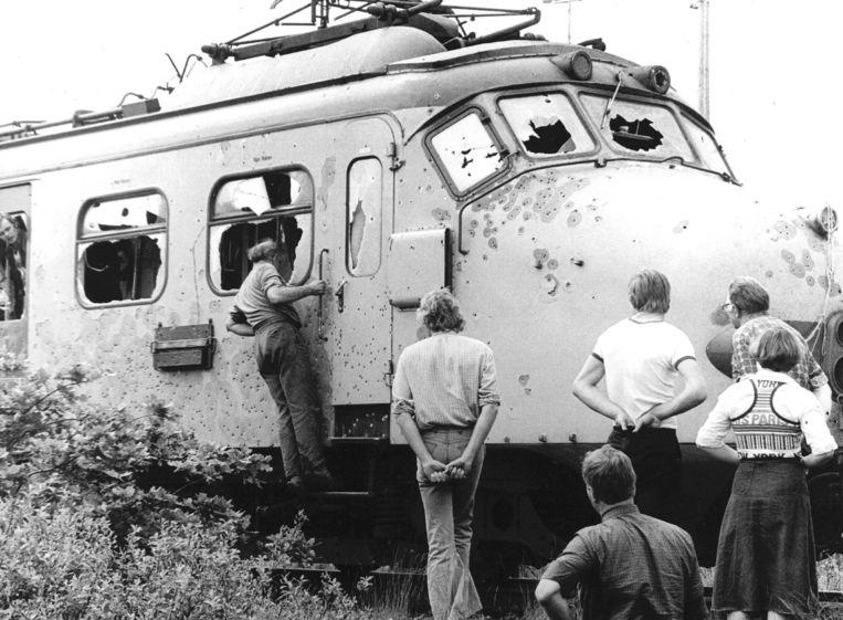 De trein, na de fatale beschieting. Beeld anp