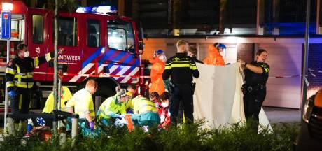 Jongeman overleden na steekpartij in Rozenburg; dader voortvluchtig