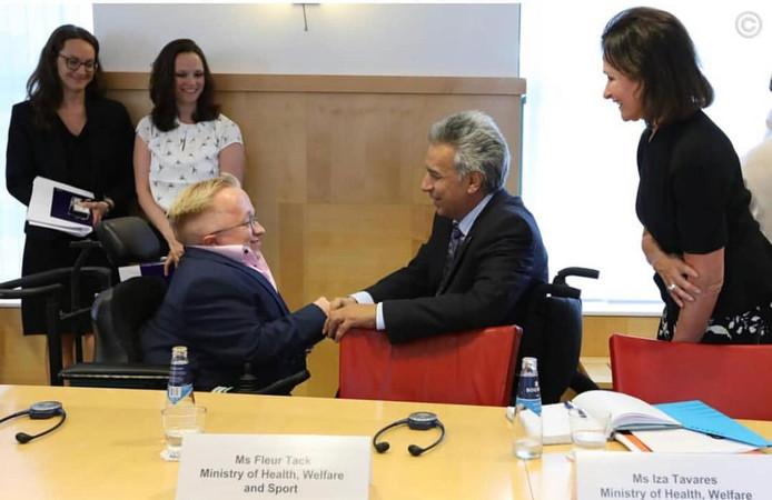Een warme ontmoeting in De Haag tussen Rick Brink uit Hardenberg en Ecuadoriaanse president Lenin Moreno.