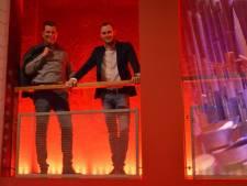 Urker bespeelt in Steenwijk het grootste theaterorgel van ons land