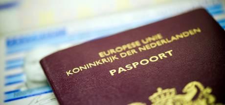 Gemeente waarschuwt Vlaardingers: mogelijk fout in nieuwe paspoorten