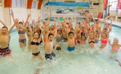 College pompt nog één keer geld in Nieuwerkerkse zwembad Dol-Fijn