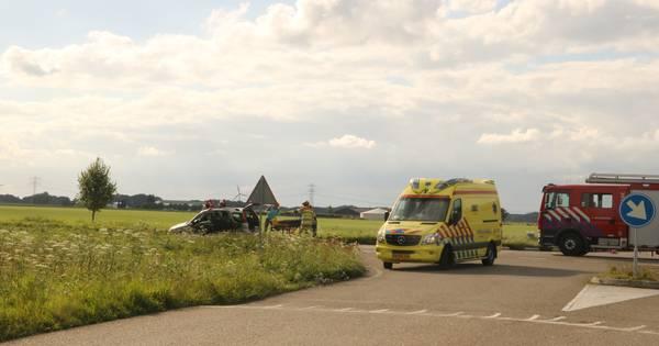 Ernstig ongeval bij Biddinghuizen: twee gewonden.