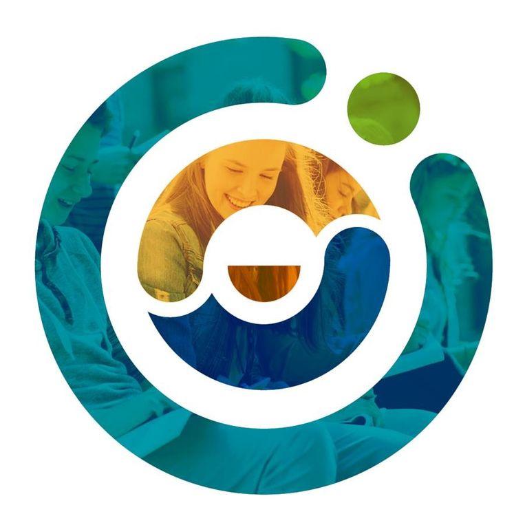 In de geborgen kern ontdek je een warme oranje glimlach die symbool staat voor Hasp-O Zuid. Als twee ineengeslagen handen staan het geel en het blauw van de binnenste cirkel voor de samenwerking van Hasp-O Centrum (KCST en Technicum). De turkooizen buitenrand symboliseert Hasp-O Stadsrand die het centrum omzoomt. Het groene punt staat voor de satellietschool, letterlijk 'in het groen', Hasp-O Zepperen. Samen maken ze de kleurrijke cirkel rond tot Hasp-O, met de 'O' van onderwijs waar de leerling centraal staat als bijzonder accent.