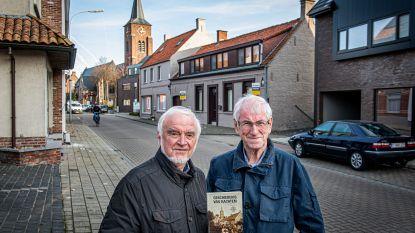 """Drieluik compleet: duo schrijft nu ook naslagwerk over deelgemeente Kachtem: """"Boek vol mijlpalen, historische figuren en allerlei weetjes"""""""