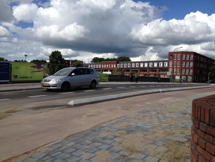 De Bartenbrug is na tien jaar weer open.