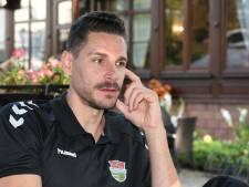 Geruisloze overgang 'denker' Renzo Verschuren van speler naar assistent Dynamo. 'Zelf beslissen dat ik stop, is belangrijk voor me'