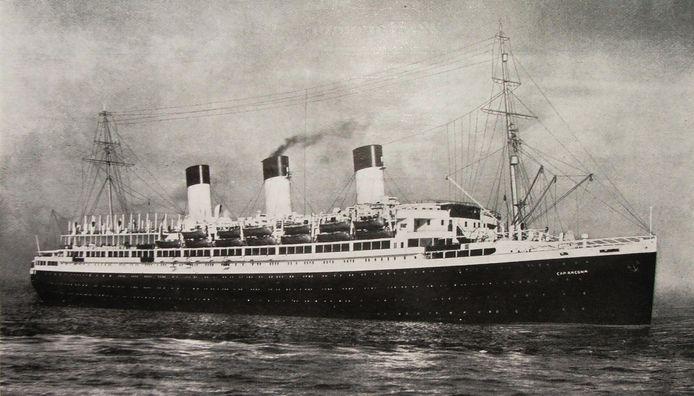 De Cap Arcona, vergaan tijdens de ramp in de Lübeckerbocht op 3 mei 1945