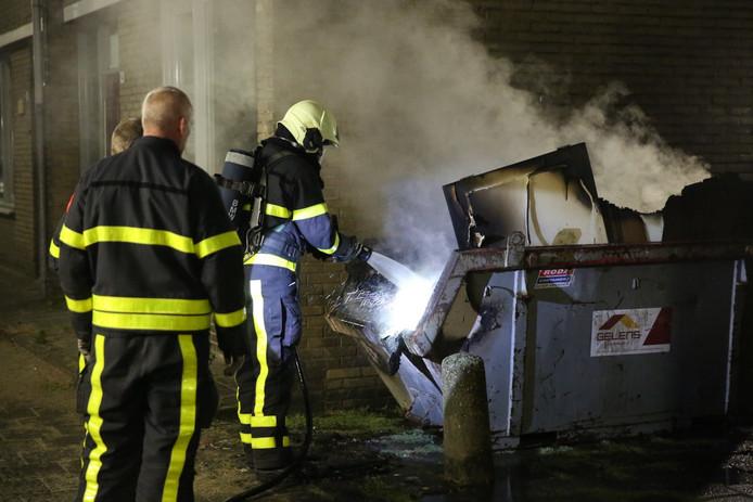 De brandende container in Roosendaal.