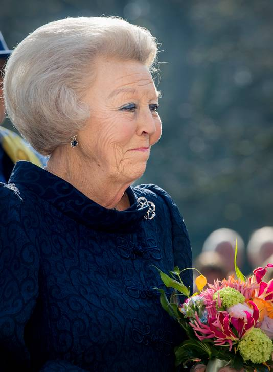 Beatrix zonder hoed