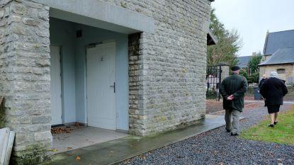 Drukte op begraafplaatsen door Allerheiligen, maar openbare toiletten blijven dicht
