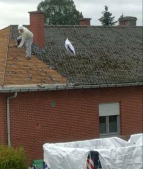 In september werd een werf in Kapelle-op-den-Bos stilgelegd omdat een aannemer onzorgvuldig met asbestafval omging. Een handhavingsambtenaar moet daar in de toekomst snel tegen kunnen optreden.