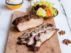 Wat Eten We Vandaag: Langzaam gegaard buikspek