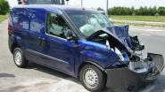 Automobilistgewond nakop-staartbotsing