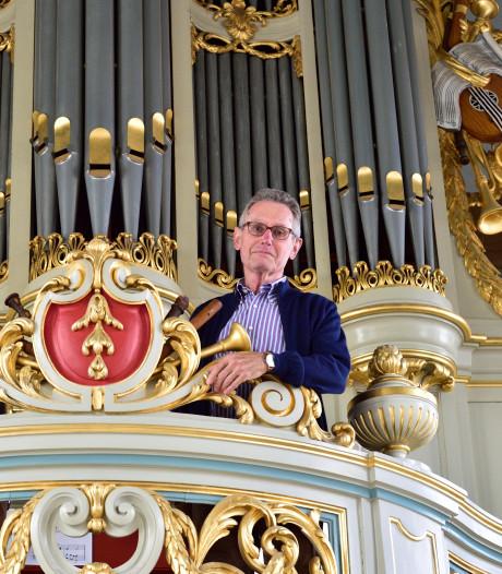 'Het orgel zit met plakband aan elkaar'