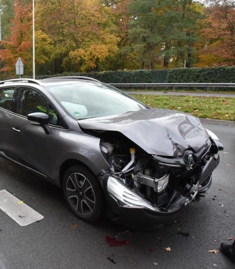Verkeer op Neerbosscheweg in Nijmegen tijdelijk vast na ongeluk
