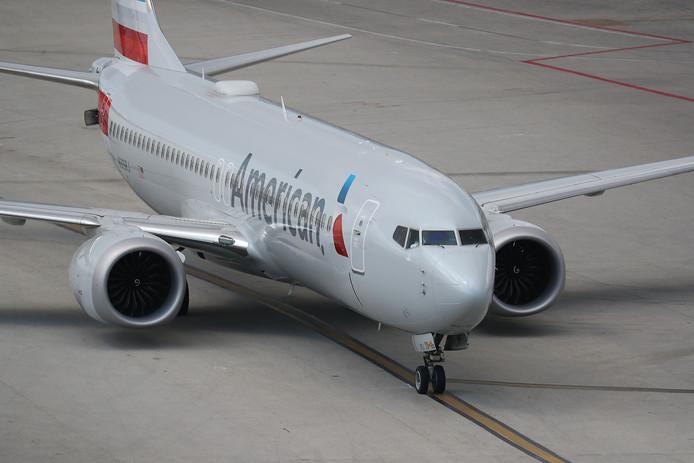 Een Boeing 737 MAX van vliegtuigmaatschappij American Airlines op de luchthaven van Miami.