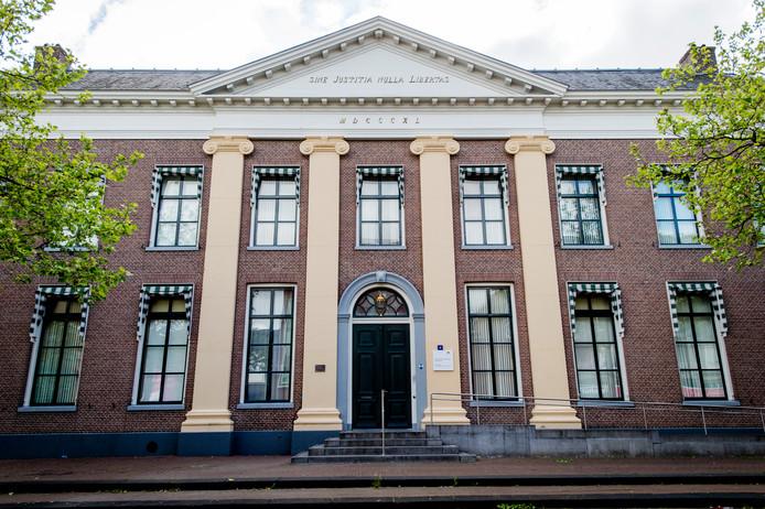 Exterieur van de rechtbank in Assen.