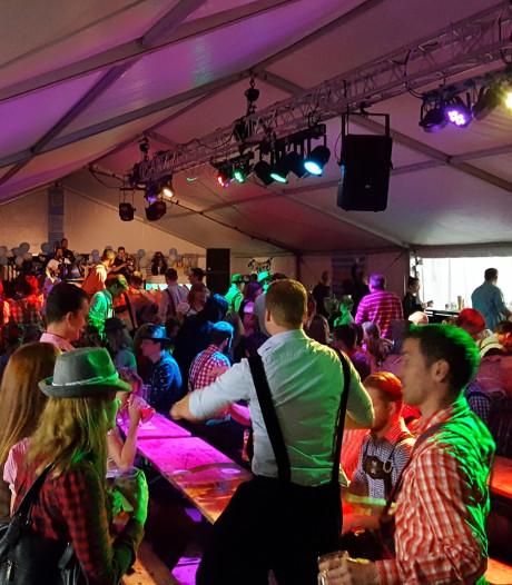 WiesnHammer brengt typische sfeer bij Oktoberfest Oudenbosch