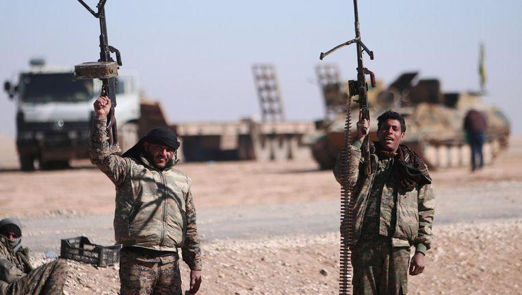 Syrische vechter bij de stad Raqqa. Beeld reuters