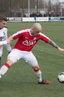 Batavia-Nijmegen gestaakt: provocatie keeper, supporters het veld op