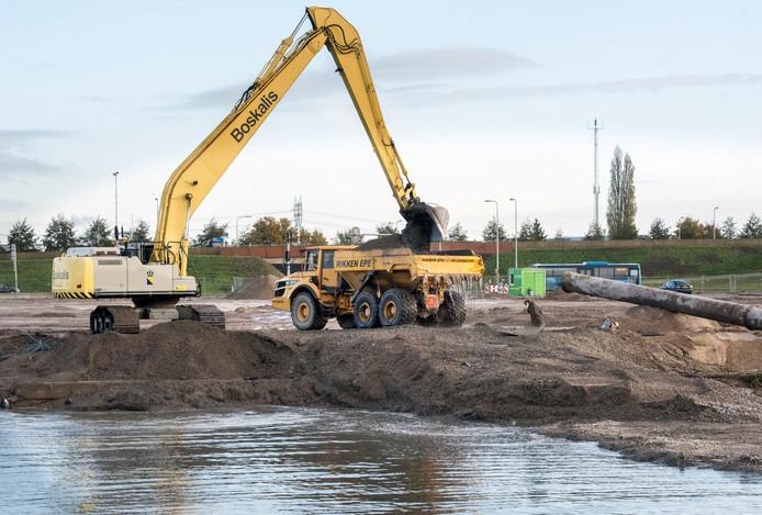 Bouwprojecten in Steenwijkerland kunnen binnenkort weer verder, omdat het college de norm voor het verplaatsen van PFAS wil verruimen.
