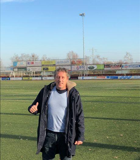 Erik Meulendijk ook volgend seizoen trainer bij Prinses Irene