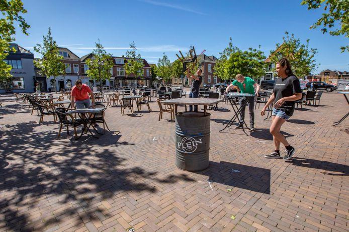 Op het Marktplein in 's-Gravenzande kan maandag weer gegeten en gedronken worden.