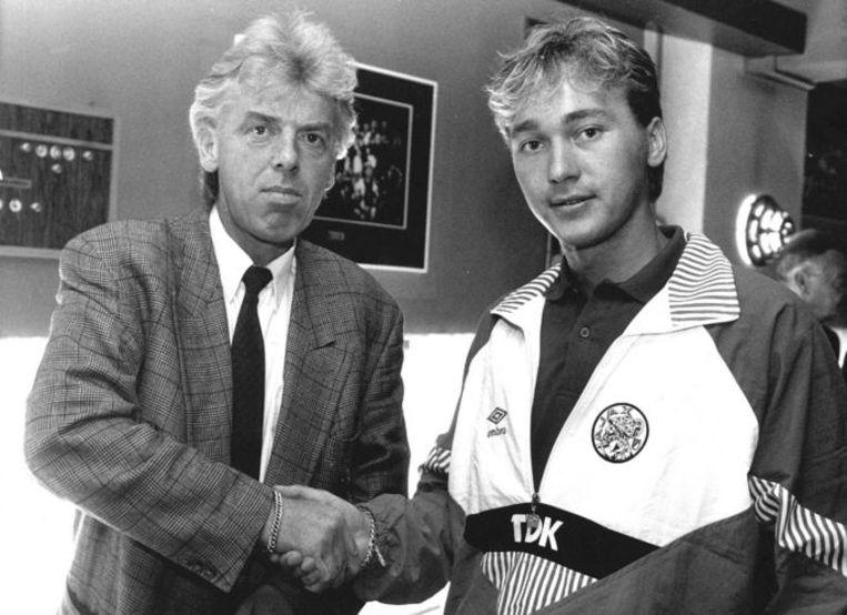 Danny Hesp (r.) met toenmalig Ajax-trainer Leo Beenhakker in 1989. Foto ANP/Herman Pieterse Beeld