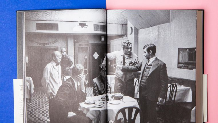'Het origineel is een aftandse multomap, gevuld met door Francis Ford Coppola zelf losgesneden romanpagina's uit The Godfather.' Beeld Studio V