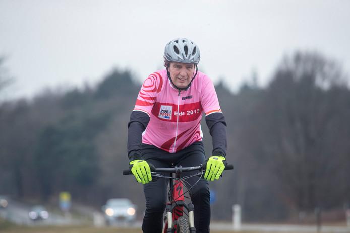 De wielergekke burgemeester van Ede René Verhulst.