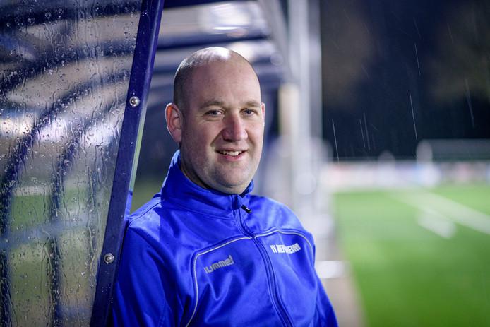 """Trainer Christian Koop: """"We zijn dit seizoen iets anders gaan voetballen."""""""