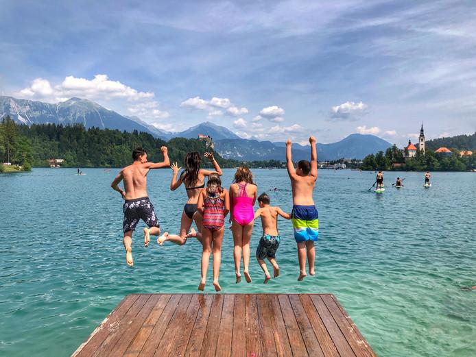 Springen in schitterend Slovenië.