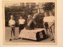 1958, De eerste deelname van Ton Kremers (rechts). Verder Hans Peeten en Karel en Lambert Kremers.