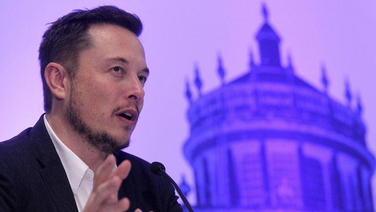 Elon Musk, de man achter onder andere Tesla en SpaceX, volgt nu 1 vrouw op Twitter. Beeld anp