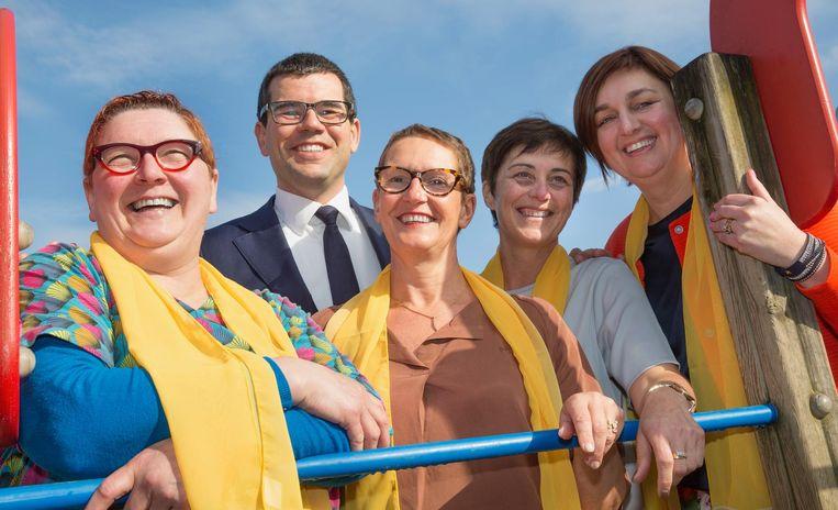 De top vijf bij N-VA Koksijde. Adelheid Hancke, Sander Loones, Rita Gantois, Greet Verhaeghe en Patricia Vandenbroucke.