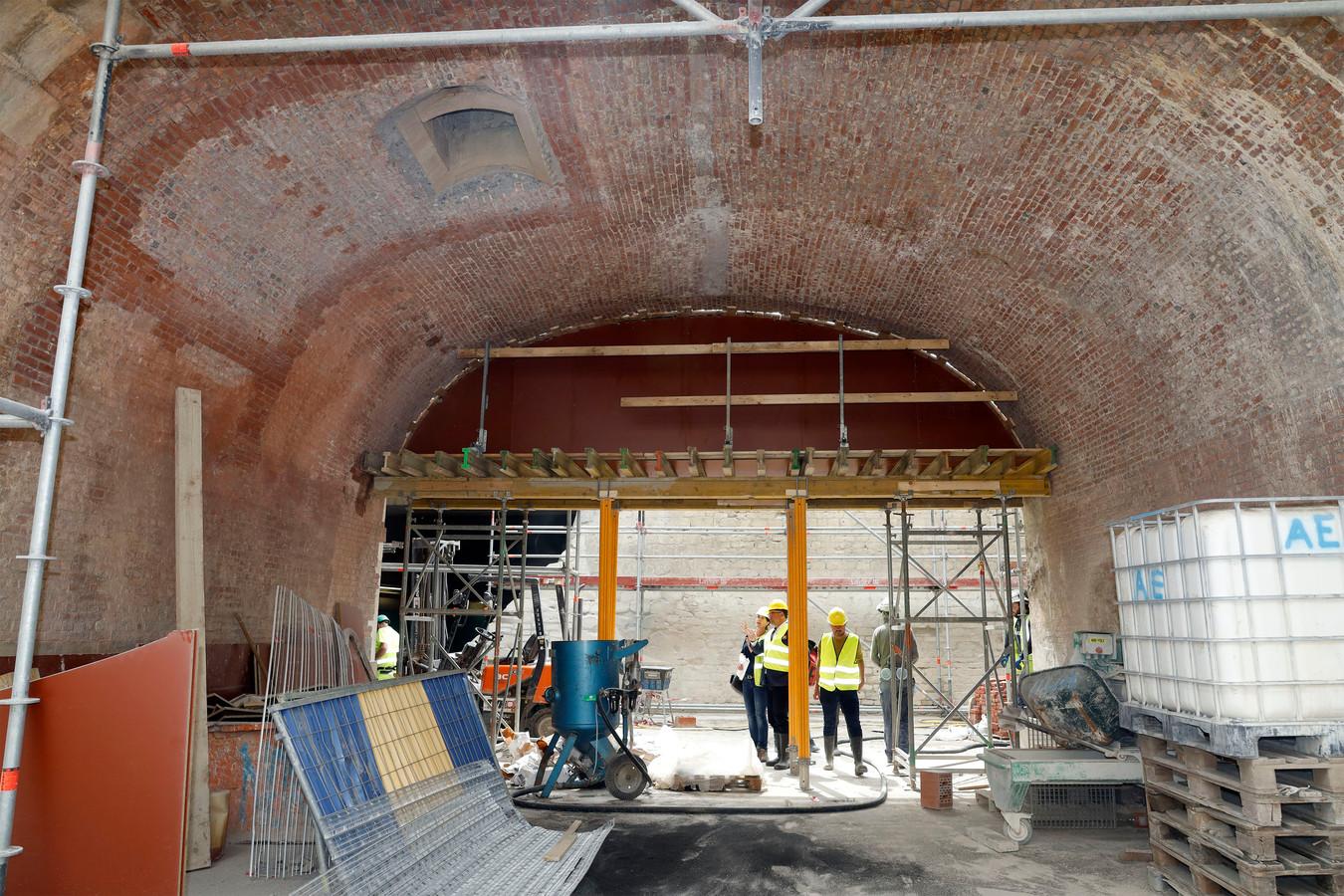 Een deel van de vesting onder de Kipdorpbrug.