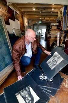 Zwijndrechtenaar Wim van Pelt koopt duizenden schilderijen Wols