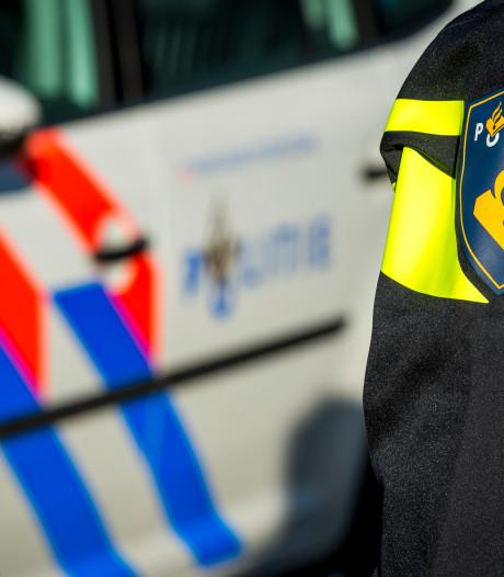 Tiener aangehouden vanwege opvallend gedrag bij woning in Veenendaal