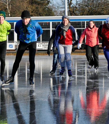 Hoe kan dat? De kou komt eraan, maar ijsbaan Het Landriet in Geesteren staat - nog - niet onder water