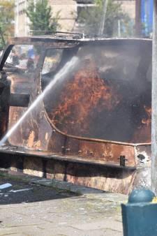 Plezierbootje ontploft tijdens het tanken, geen gewonden