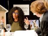 Sylvana Simons in Enschede: meer aandacht op scholen voor koloniale geschiedenis