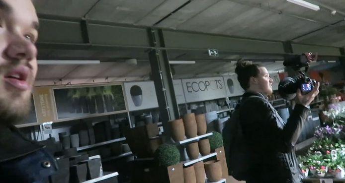 De vloggers op ontdekking bij Pelckmans.