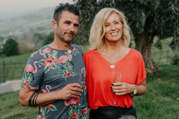 Alwin en Bionda Boerkamp gaan in Le Marche een nieuw recreatiebedrijf beginnen aan de kust.