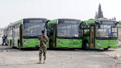 Burgers verlaten Syrisch rebellengebied Oost-Ghouta
