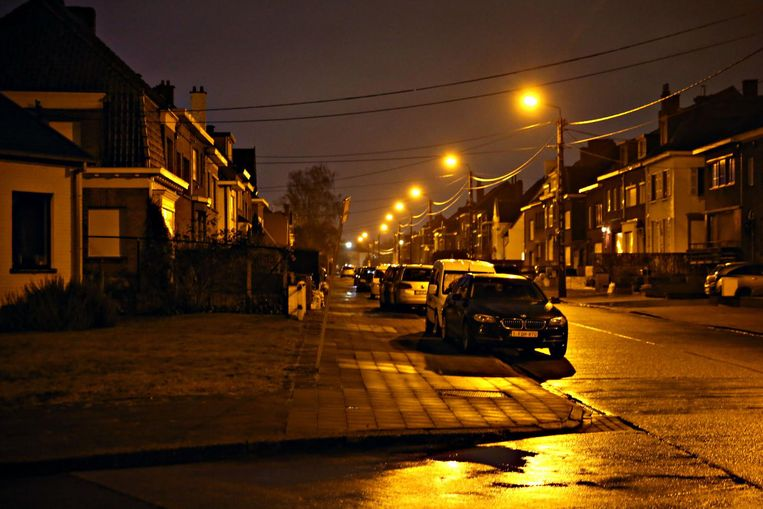 De wijk Pius X werd gisteravond weer verlicht.