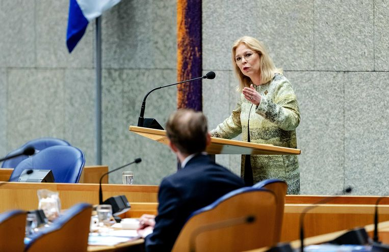 Madeleine van Toorenburg (CDA) tijdens een debat in de Tweede Kamer