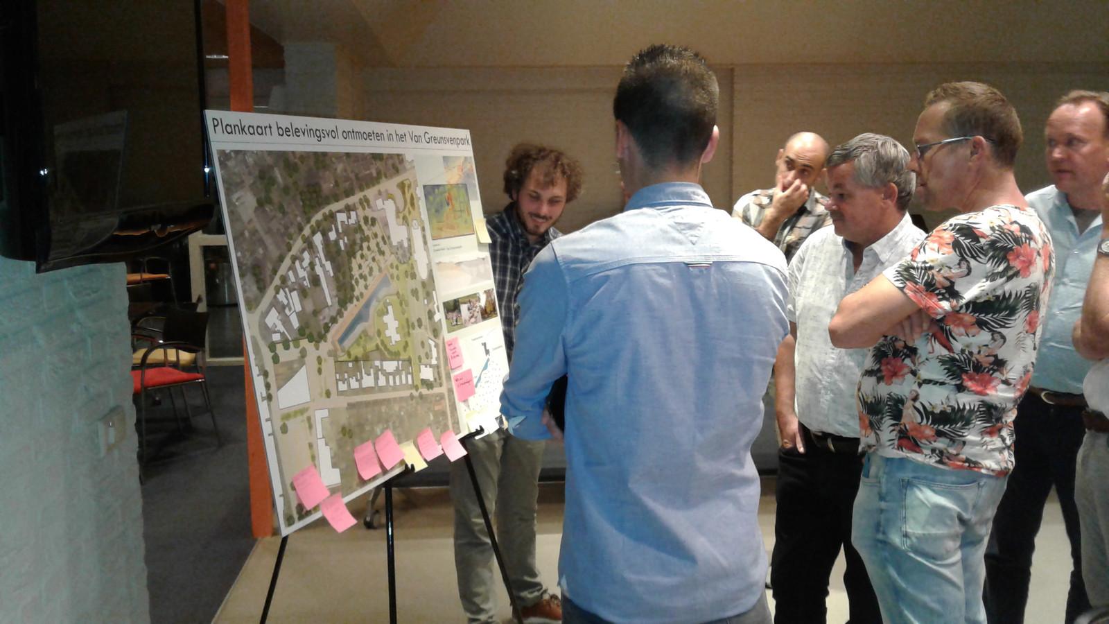 Er waren veel vragen over de herinrichting van het Van Greunsvenpark, maar vooral ze waren vooral opbouwend van aard.