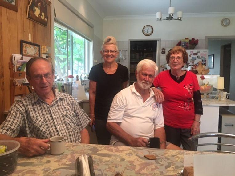 Mijn neven Tony en Alf en hun vrouwen Kris en Carmen Beeld Wim Boevink