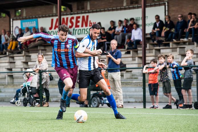 Voetbal: OVC'85 - ESA